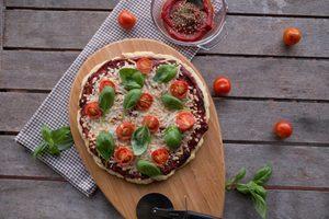 Simplistic Margherita Pizza (Vegan & Gluten-free!)