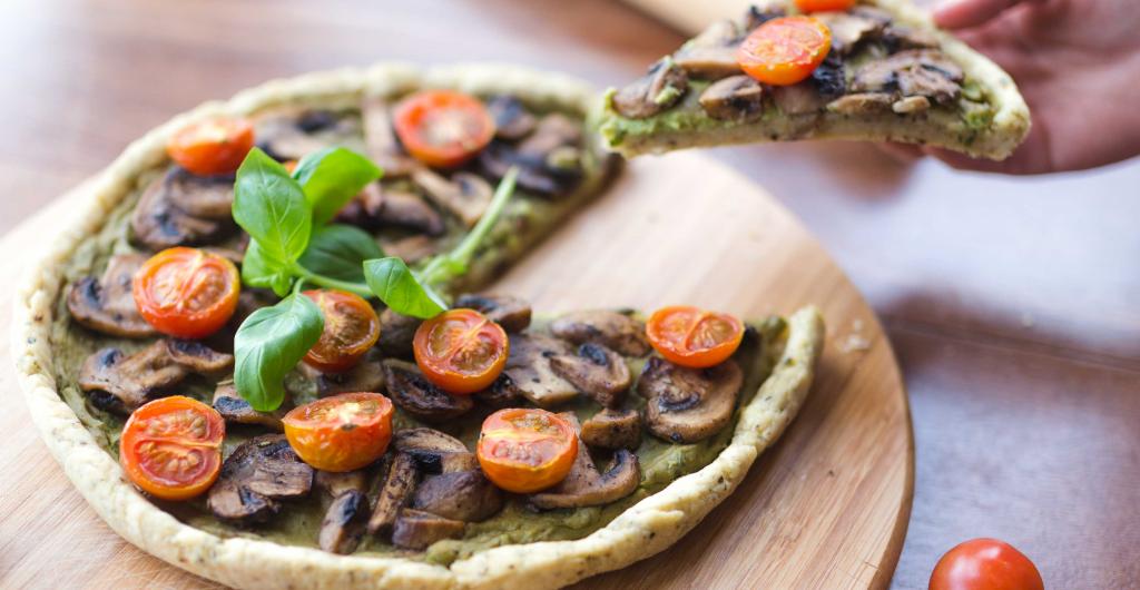 Smashed Avo & Herby Mushroom Pizza 1